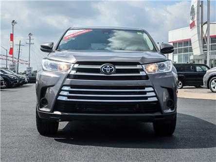 2018 Toyota Highlander LE (Stk: P124) in Ancaster - Image 2 of 28