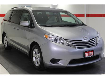 2017 Toyota Sienna LE 8 Passenger (Stk: 299323S) in Markham - Image 2 of 25