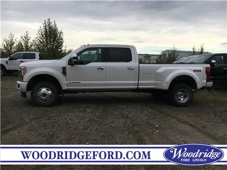 2019 Ford F-350 Platinum (Stk: K-2554) in Calgary - Image 2 of 5