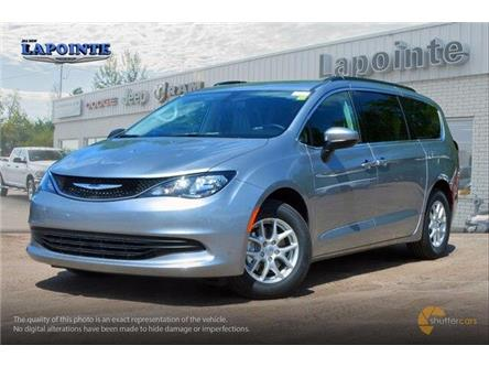2019 Chrysler Pacifica Touring (Stk: 19414) in Pembroke - Image 2 of 20