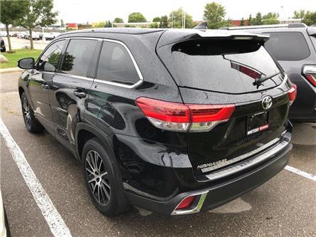 2017 Toyota Highlander XLE (Stk: U2815) in Vaughan - Image 2 of 25
