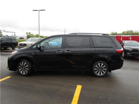 2020 Toyota Sienna XLE 7-Passenger (Stk: 209012) in Moose Jaw - Image 2 of 39