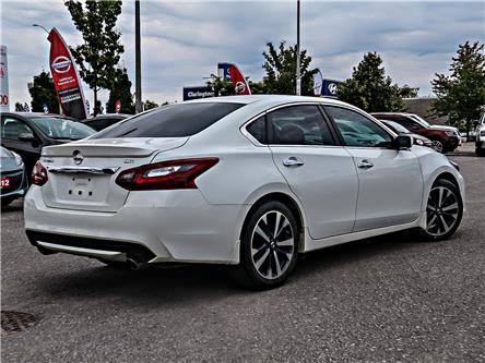 2017 Nissan Altima 2.5 SR (Stk: LM821443A) in Bowmanville - Image 2 of 5