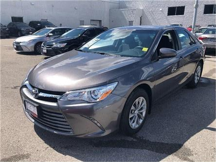 2017 Toyota Camry LE (Stk: U2758) in Vaughan - Image 1 of 18