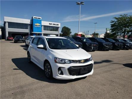2017 Chevrolet Sonic LT Auto (Stk: 123987) in London - Image 2 of 20