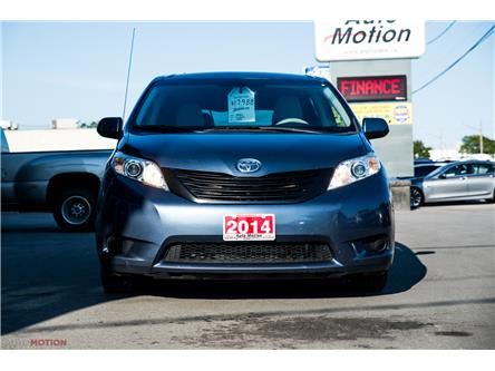2014 Toyota Sienna 7 Passenger (Stk: 19852) in Chatham - Image 2 of 24