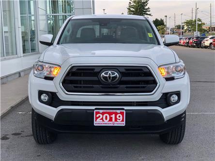 2019 Toyota Tacoma SR5 V6 (Stk: W4860) in Cobourg - Image 2 of 23