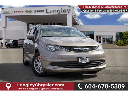 2017 Chrysler Pacifica Touring (Stk: EE910970) in Surrey - Image 1 of 21