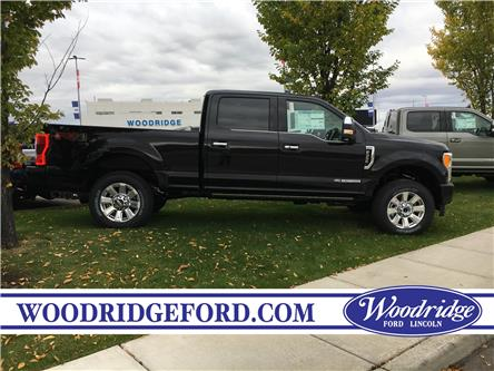 2019 Ford F-350 Platinum (Stk: K-2712) in Calgary - Image 2 of 5