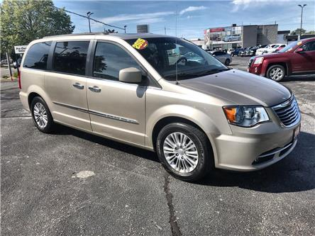 2015 Chrysler Town & Country Touring-L (Stk: 19429A) in Windsor - Image 1 of 15