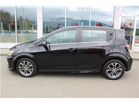 2017 Chevrolet Sonic LT Auto (Stk: 9L4743C) in Nanaimo - Image 2 of 9
