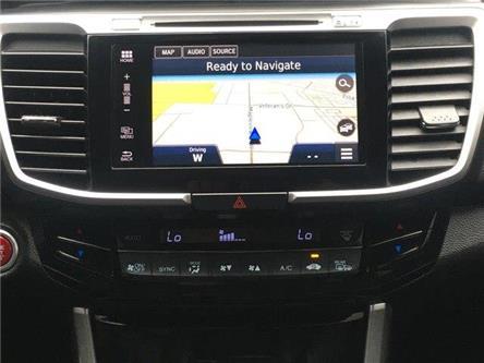 2016 Honda Accord Touring V6 (Stk: U16457) in Barrie - Image 2 of 25