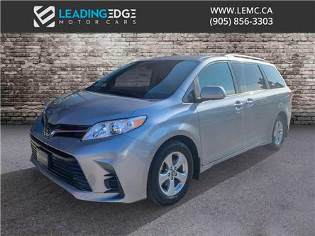 2018 Toyota Sienna LE 8-Passenger (Stk: ) in Woodbridge - Image 1 of 18