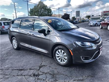 2018 Chrysler Pacifica Touring-L Plus (Stk: 191487A) in Windsor - Image 1 of 12