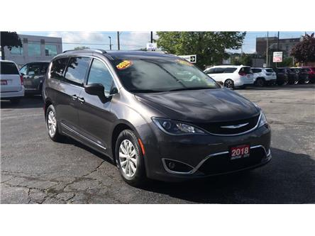 2018 Chrysler Pacifica Touring-L Plus (Stk: 191487A) in Windsor - Image 2 of 12