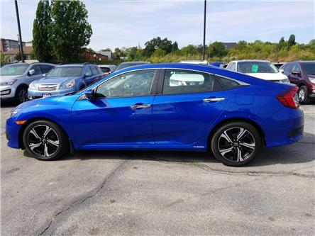 2017 Honda Civic Touring (Stk: 104793) in Cambridge - Image 2 of 24