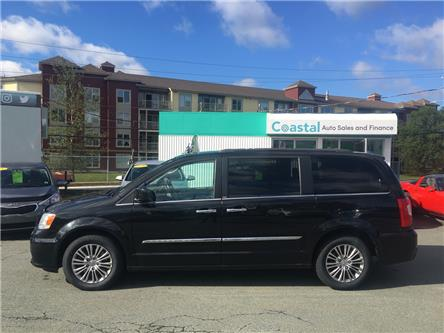 2014 Chrysler Town & Country Touring-L (Stk: ) in Lower Sackville - Image 2 of 29