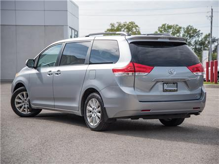 2013 Toyota Sienna LE 7 Passenger (Stk: P3570) in Welland - Image 2 of 19