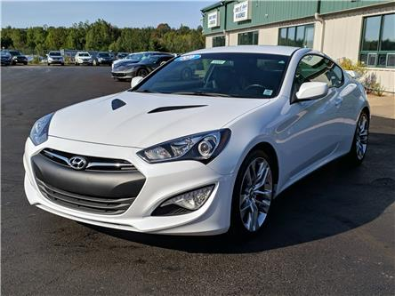 2016 Hyundai Genesis Coupe 3.8 R-Spec (Stk: 10555) in Lower Sackville - Image 2 of 15