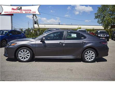 2020 Toyota Camry SE (Stk: 20141) in Hamilton - Image 2 of 15