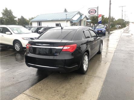 2012 Chrysler 200 LX (Stk: ) in Garson - Image 2 of 8