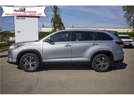 2019 Toyota Highlander LE (Stk: 19823) in Hamilton - Image 2 of 17