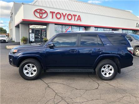 2017 Toyota 4Runner SR5 (Stk: 1909831) in Cambridge - Image 1 of 12