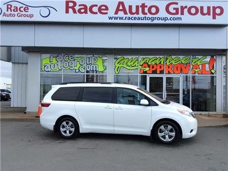 2017 Toyota Sienna LE 8 Passenger (Stk: 17039) in Dartmouth - Image 1 of 15