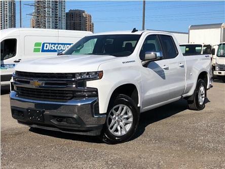 2019 Chevrolet Silverado 1500 New 2019 Chevrolet Silverado 1500 Dbl. Cab 4x4 LT (Stk: PU95602) in Toronto - Image 1 of 21