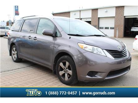 2011 Toyota Sienna LE 7 Passenger (Stk: 004633) in Milton - Image 1 of 16