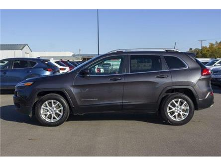 2016 Jeep Cherokee North (Stk: V1015) in Prince Albert - Image 2 of 11