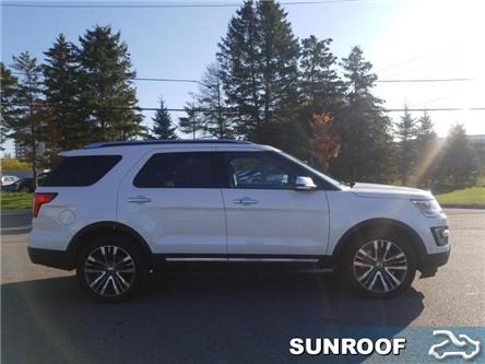 2017 Ford Explorer Platinum (Stk: P8854) in Unionville - Image 1 of 14