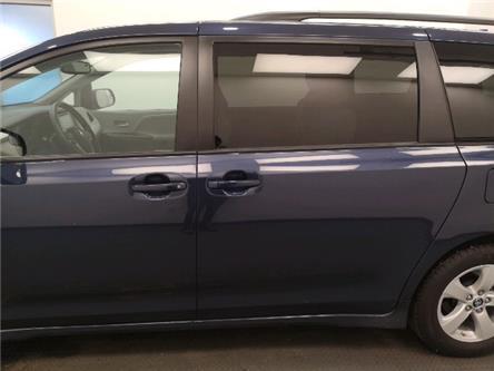 2019 Toyota Sienna  (Stk: 204716) in Lethbridge - Image 2 of 24
