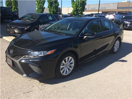2019 Toyota Camry SE (Stk: 93332) in Barrie - Image 1 of 14