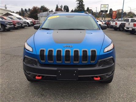 2018 Jeep Cherokee Trailhawk (Stk: T19162A) in Campbell River - Image 2 of 30