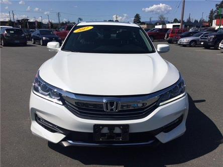2017 Honda Accord EX-L V6 (Stk: T19131B) in Campbell River - Image 2 of 30