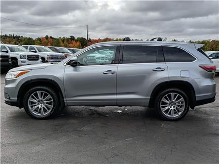 2016 Toyota Highlander XLE (Stk: 10560) in Lower Sackville - Image 2 of 22