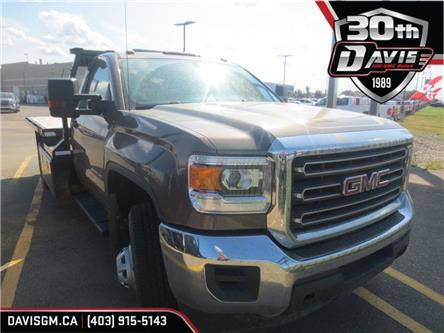 2015 GMC Sierra 3500HD Chassis WT (Stk: 207718) in Lethbridge - Image 1 of 11