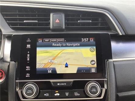 2016 Honda Civic Touring (Stk: U16647) in Barrie - Image 2 of 26