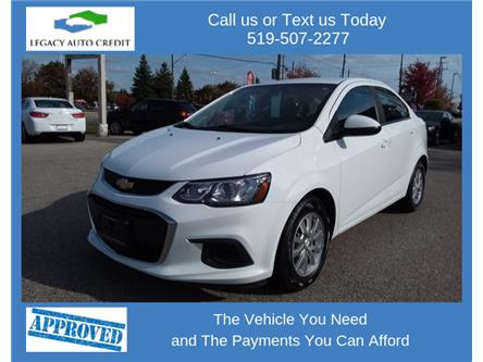 2018 Chevrolet Sonic LT Auto (Stk: L9161) in Waterloo - Image 1 of 13