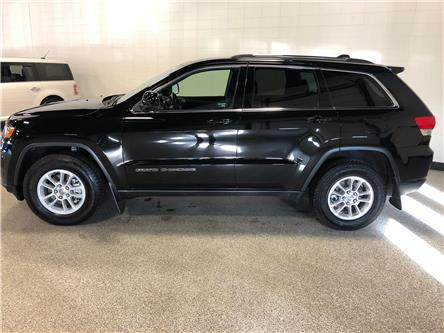 2018 Jeep Grand Cherokee Laredo (Stk: B12201) in Calgary - Image 2 of 15