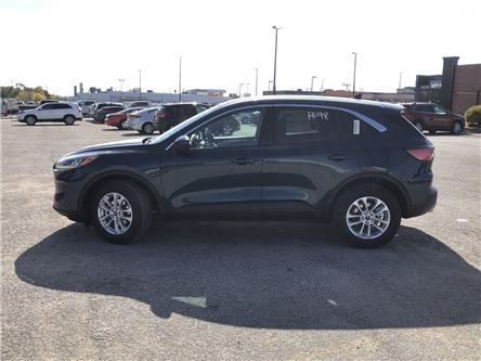 2020 Ford Escape SE (Stk: ES20041) in Barrie - Image 2 of 23