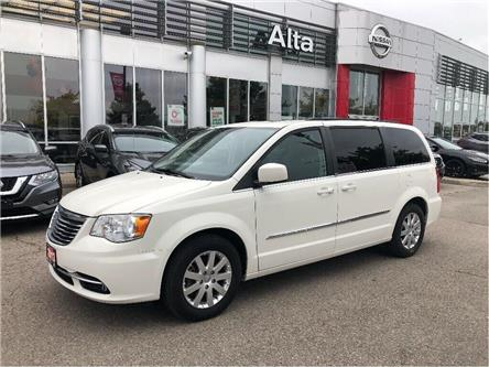 2013 Chrysler Town & Country Touring (Stk: Y19Q135A) in Woodbridge - Image 1 of 17