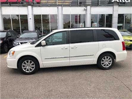 2013 Chrysler Town & Country Touring (Stk: Y19Q135A) in Woodbridge - Image 2 of 17