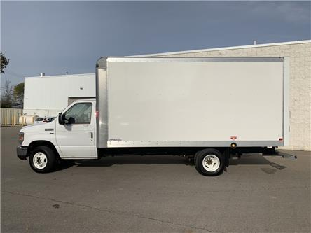 2019 Ford E-450 Cutaway Base (Stk: P6068) in Perth - Image 2 of 13