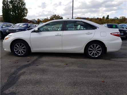 2015 Toyota Camry XLE (Stk: 905369) in Cambridge - Image 2 of 24