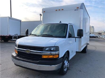 2019 Chevrolet 4500 New 2019 Chev. 4500 Cube-Van W/Side Door (Stk: ST95243) in Toronto - Image 1 of 15