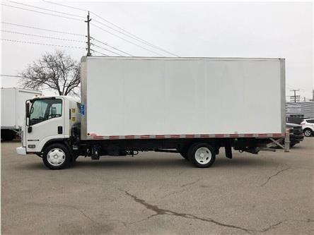 2018 Isuzu NRR Used 2018 Isuzu 20' Body & tailgate & Ramp (Stk: ST300341T) in Toronto - Image 2 of 18