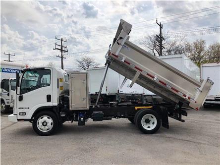2019 Isuzu NRR New 2019 Isuzu NRR with Aluminum Dump (Stk: DTI95045) in Toronto - Image 2 of 17