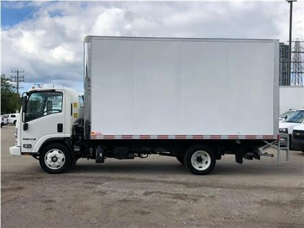 2018 Isuzu NRR New 2018 Isuzu NRR W/16' Body &Y Tailgate Loader (Stk: STI85067) in Toronto - Image 2 of 19